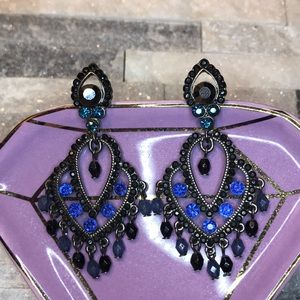 Jewelry - 🔴 3/$10- Fashion Earrings- Black and Blue